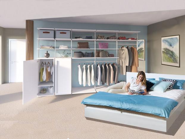 Ein komplettes Schlafzimmer mit dem Kleiderschrank PURE inkl. Designbett LACK grau