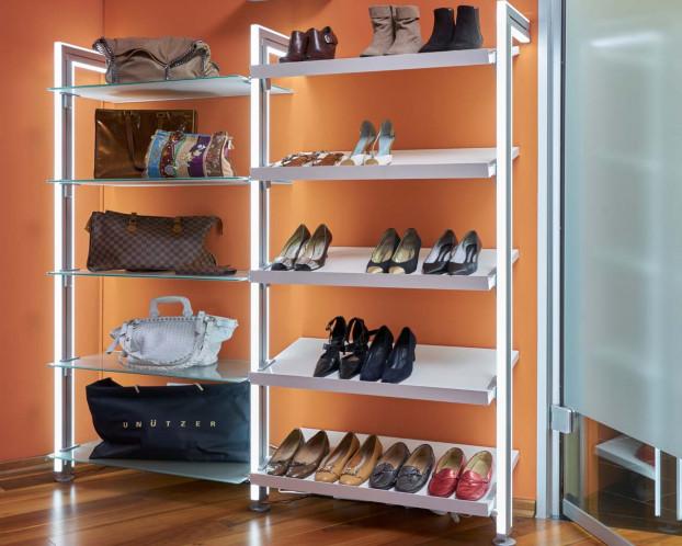 Kleiderschranksystem mit passenden Schuh- und Taschenregal MOLLI